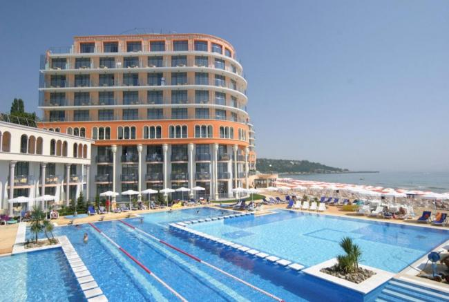HOTEL AZALIA 4*+     10_hoteluri_8888129_rezervari-bulgaria-sfantul-constantin-hotel-azalia-sveti-konstantin-bulgaria-estival.ro--10-.jpg