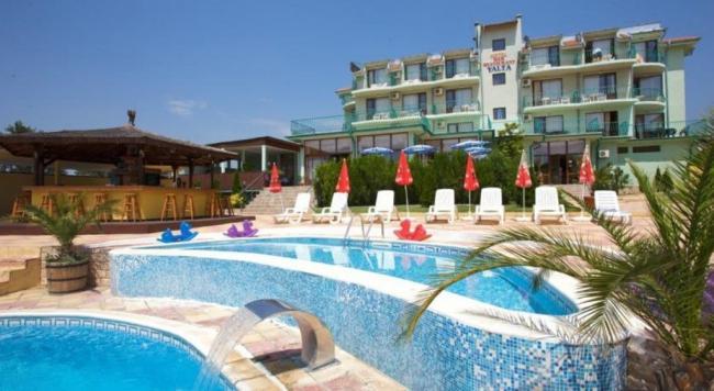 HOTEL YALTA  3* SUNNY BEACH 10_hoteluri_9296380_bulgaria-sunny-beach-hotel-yalta.jpg