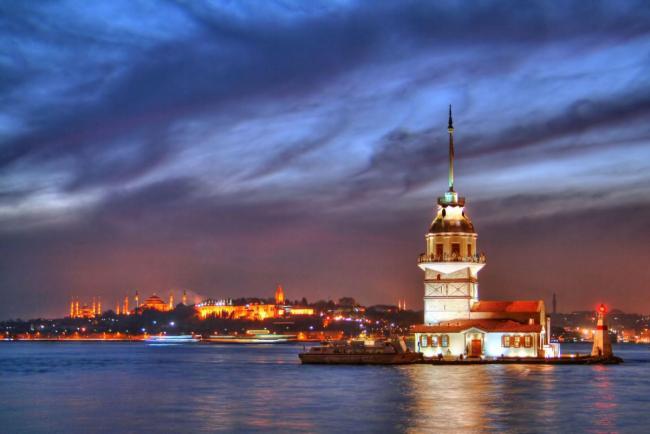 TURCIA 10_lii_1087420_turnul-maiden\-s-istanbul-turcia-galata-brige-estival.ro.jpg