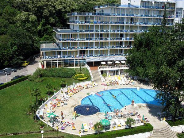 ALL INCLUSIVE IEFTIN HOTEL PERLA 3*++ NISIPURILE DE AUR 12_hoteluri_3690162_bulgaria-nisipurile-de-aur-hotel-perla-(3).jpg