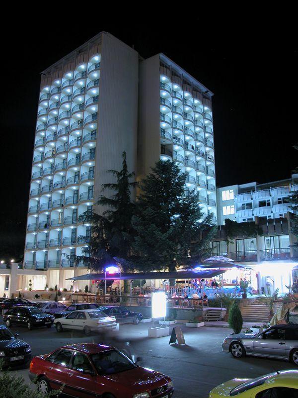 OFERTA IEFTINA NISIPURILE DE AUR  HOTEL  SHIPKA 4* 12_hoteluri_4114564_bulgaria-statiunea-nisipurile-de-aur-golden-sands-hotel-shipka-(1).jpg