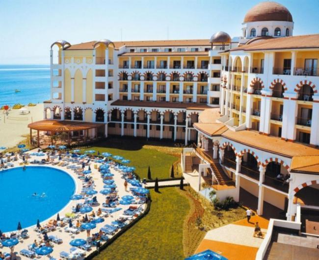 HOTEL RIU HELIOS BAY 4* 12_hoteluri_4285146_cazare-ieftina-bulgaria-obzor-hotel-riu-helios-bay-obzor-bulgaria-estival.ro-estival.roo--40-.jpg