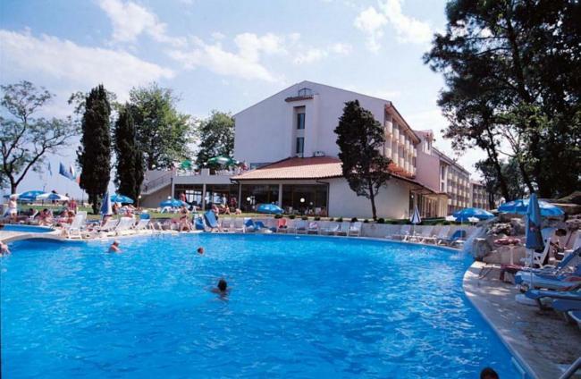 CAZARE BULGARIA 2020 HOTEL DOLPHIN 4* 12_hoteluri_6110902_1-hotel-dolphin-sfantul-constantin-hotel-dolpin-bulgaria-oferta-cazare-estiaval.ro--11-.jpg