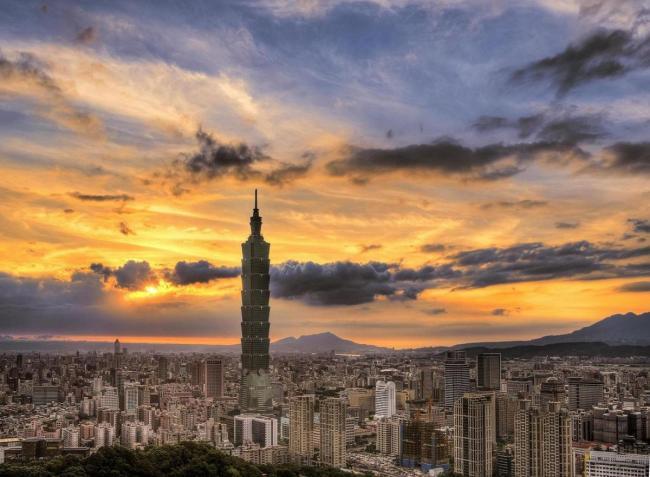 TAIWAN 12_lii_5183543_taipei-101-taiwan-estival.ro.jpg