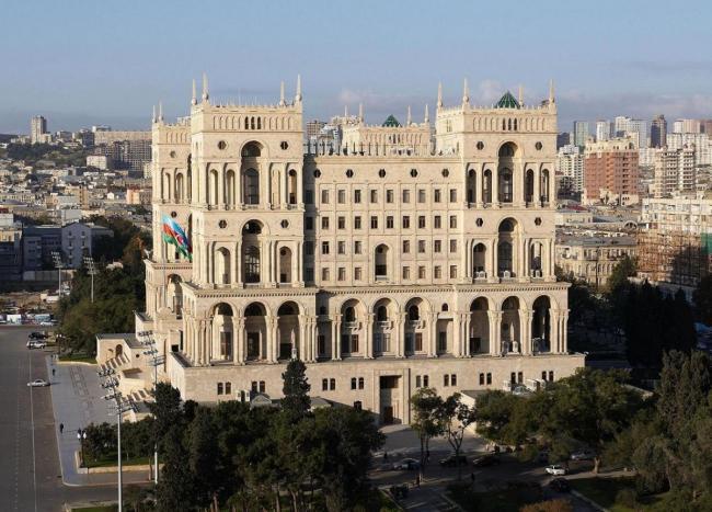 AZERBAIJAN 12_lii_604718_government-s-house-on-freedom-square.-baku--azerbaijan.jpg