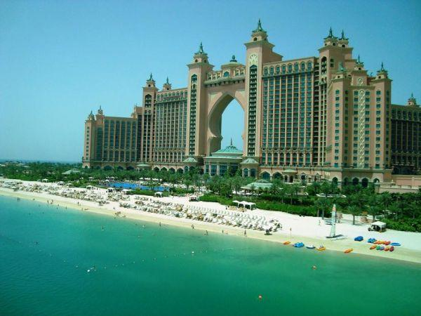 E.A.U.-DUBAI 12_lii_8364339_atlantis-the-palm-dubai.jpg