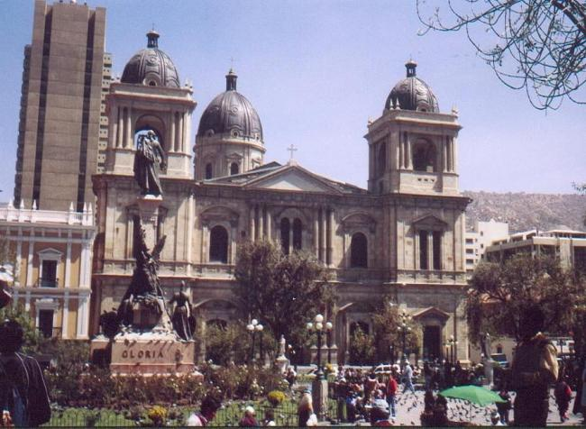 BOLIVIA 12_lii_9062871_la-paz-bolivia.jpg