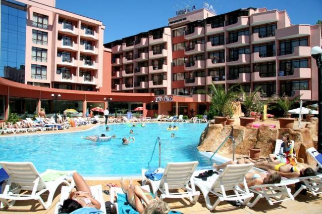 OFERTA IEFTINA ALL INCLUSIVE BULGARIA HOTEL IZOLA PARADISE  4*  SUNNY BEACH 14_hoteluri_3548173_hotel-izola-paradise-sunny-beach-bulgaria-estival.ro-all-inclusive-1.jpg