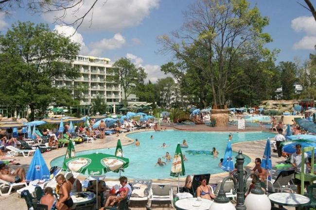 CAZARE BULGARIA 2020 DAS CLUB HOTEL SUNNY BEACH 4* 6_hoteluri_5660376_club-kalimera-rodopi-tsvete-flora-sunny-beach-bulgaria-club-calimera-bulgaria.jpg